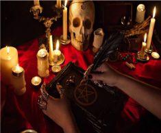 Love spells specialist Astrologer