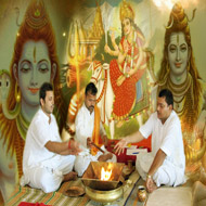 Shiv mantra to convince parents for love marriage